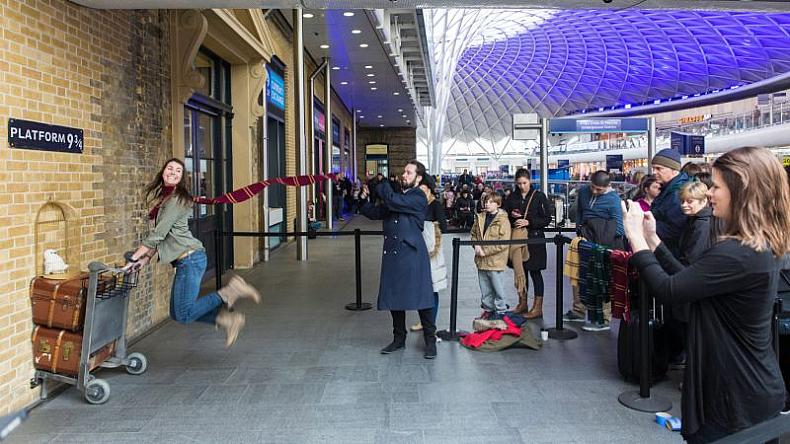Harry Potter op het King's Cross Station in Londen