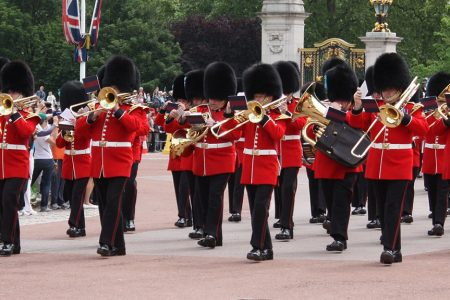 Changing of the guard - Buckingham Palace