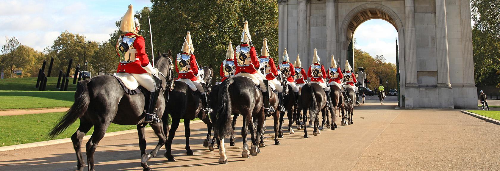 Wisseling van de wacht op Buckingham Palace
